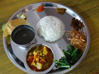 NE_Nepali Thali Essen_MiM_FOC
