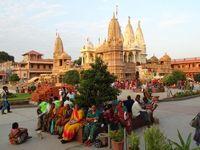 IN_Gondal_SwaminarayanTempel_ES_FOC