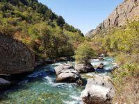 KZ_Aksu Djabagly NP_Fluss(1)_MiM_FOC