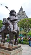 CO_Medellín_Botero Statue (1)_AHU_FOC